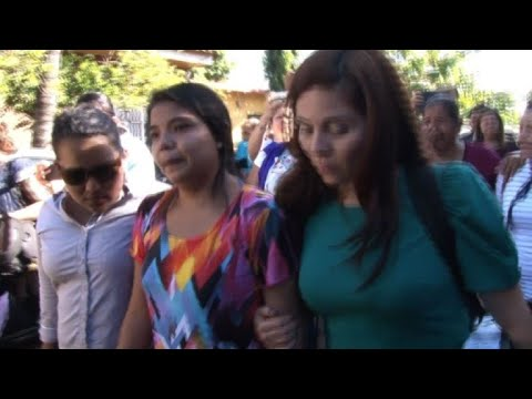Salvadoran woman charged with murder over premature death freed