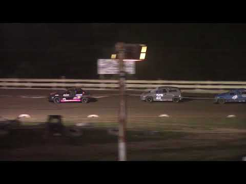 Hummingbird Speedway (7-10-21): Andy Man's Car Care Four-Cylinder Feature - dirt track racing video image
