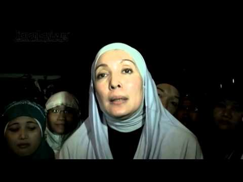 Berhijab Berkat Almarhum Uje Interview
