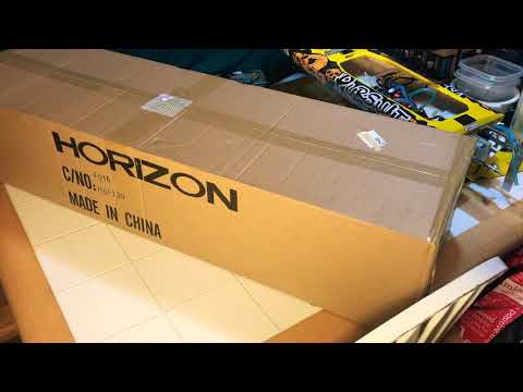 Pro Boat Sonicwake 36 self-righting Deep V RC boat Unboxing and pre-use review - UCZkN1dtAuDQuExhuEzQuQZw