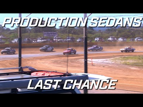 Production Sedans: Classic - B-Main - Ellenbrook Speedway - 05.09.2021 - dirt track racing video image