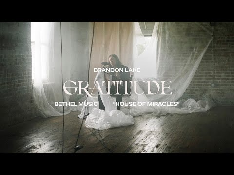 Gratitude (Acoustic) - Brandon Lake [Official Music Video]