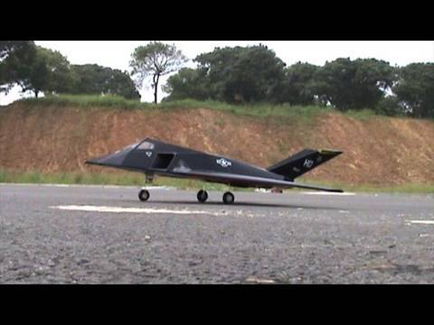 RC F-117 70mm EDF Jet Maiden Flight - UCsFctXdFnbeoKpLefdEloEQ