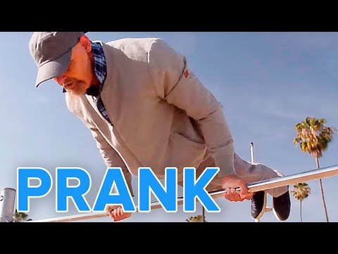Old Man Street Workout Prank | Muscle Madness - UClFbb1ouXVZzjMB9Yha5nAQ