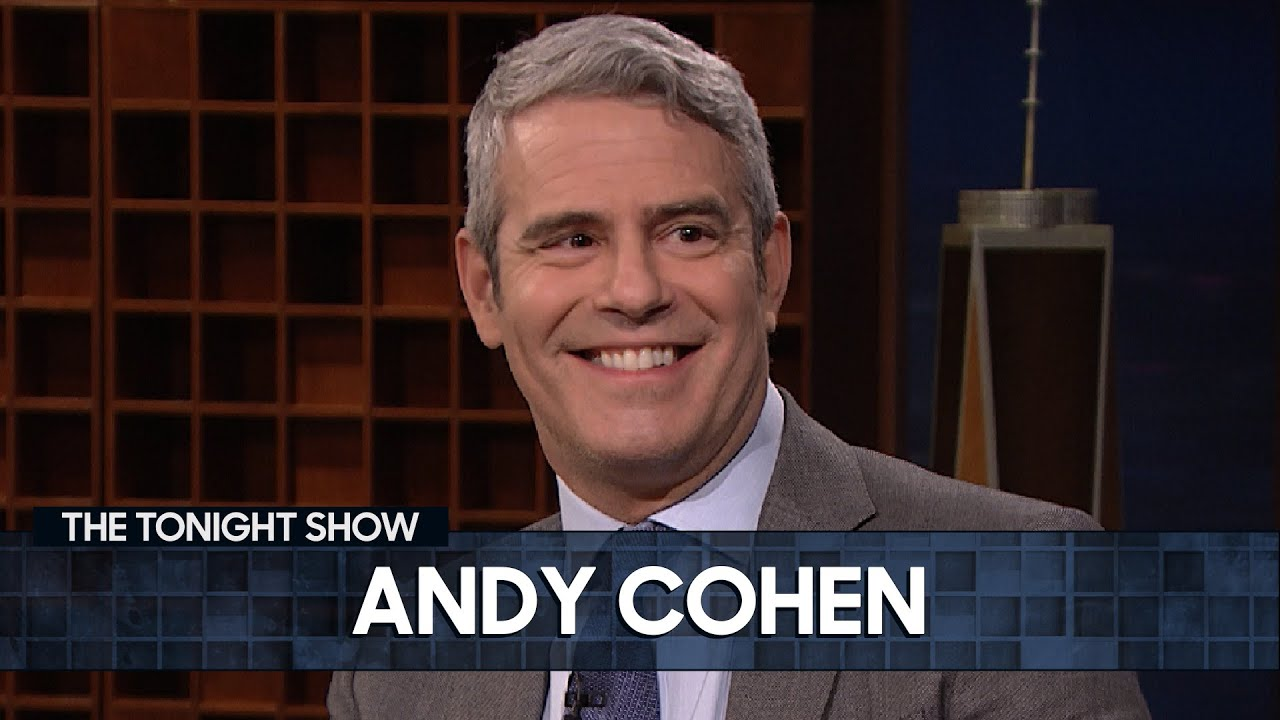 """Andy Cohen Reveals How to Correctly Pronounce """"Khloé Kardashian"""" 