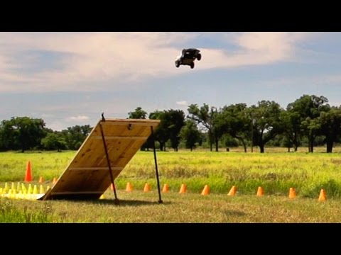 RC Battle | Dude Perfect - UCRijo3ddMTht_IHyNSNXpNQ