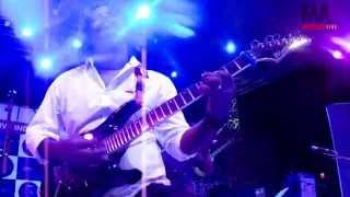 Broken (Live) - baijudharmajan , Rock