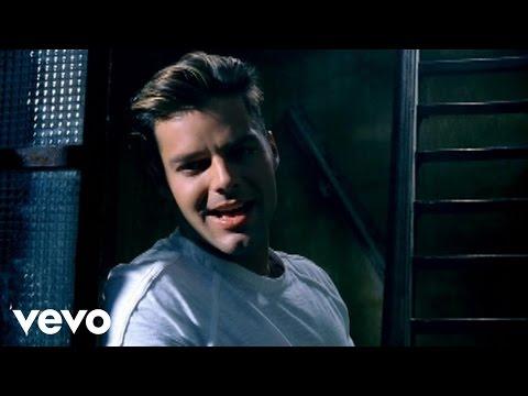 Ricky Martin - Tal Vez (Official Video Remastered) - UCNpY5DI8KO-ROA2BxgGWrXg