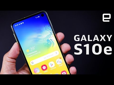Samsung Galaxy S10e Hands-On: Small, cute, and crazy-powerful - UC-6OW5aJYBFM33zXQlBKPNA