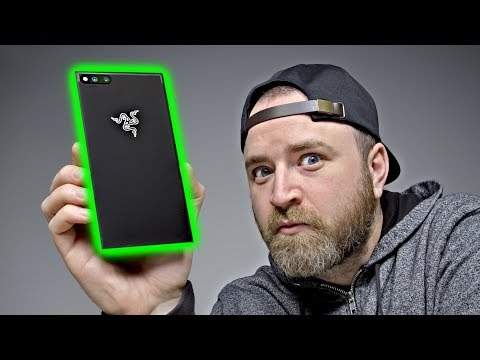 Razer Phone Unboxing - My New Daily Driver? - UCsTcErHg8oDvUnTzoqsYeNw