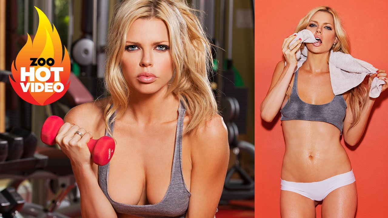 Sophie Monk working up a sweat! Smoking HOT!