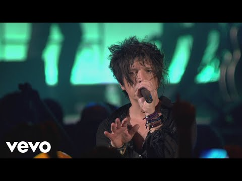 Indochine - Mao Boy (Black City Tour 3 au Palais 12 de Bruxelles 2014) - UCRviBuIq7NHYrQ4PlEfof7w