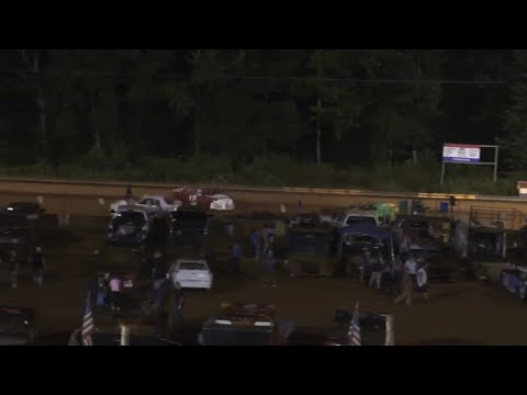 Stock 4b at Winder Barrow Speedway July 10th 2021 - dirt track racing video image