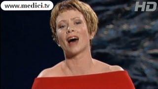 Christine Schäfer - Caro nome che il mio cor - Verdi