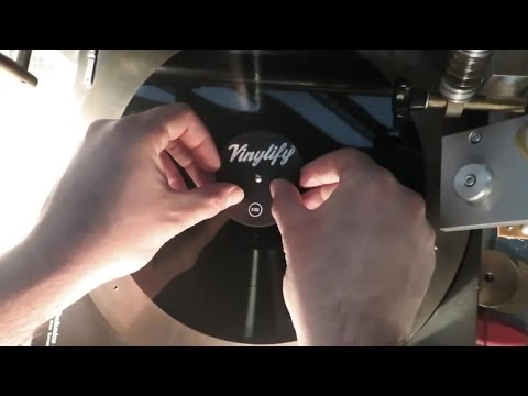 Tomorrow Daily - Vinylify makes individual record pressings affordable, Ep. 231 - UCOmcA3f_RrH6b9NmcNa4tdg