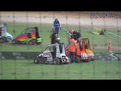 The 2 heats and the feature race for the Kiwi Kidz Quarter Midgets at Western Springs Speedway on Sunday 05 January 2020 - dirt track racing video image