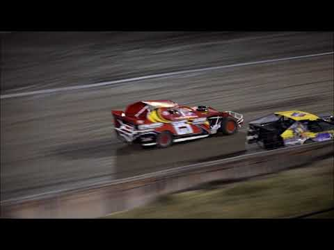 RIVERSIDE INT SPEEDWAY MODIFIEDS 11 11-17 - dirt track racing video image