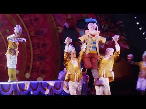 Celebrating 90 years of Mickey with Discovery Vitality