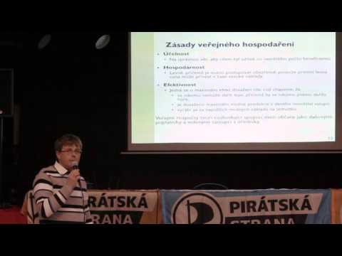 Piratecon Brno 2015: Rozpočet a finance obcí, financování městských společností