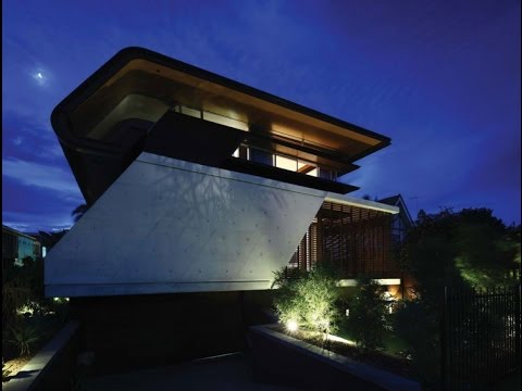 Contemporary Home Design with Amazing Boldly Sloping Wall and Sloof