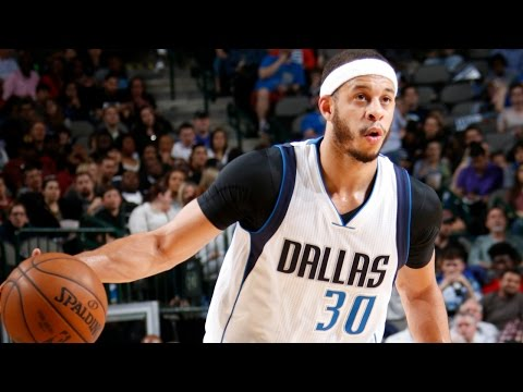 Seth Curry's 29 Leads Mavericks in Home Comeback Win | 02.27.17