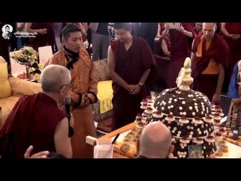 Kyabje Trijang Rinpoche recites offering stanza to Dorje Shugden Septemeber 2016