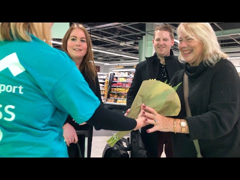 London Luton Airport's Kindness Squad takes on Random Acts of Kindness Day