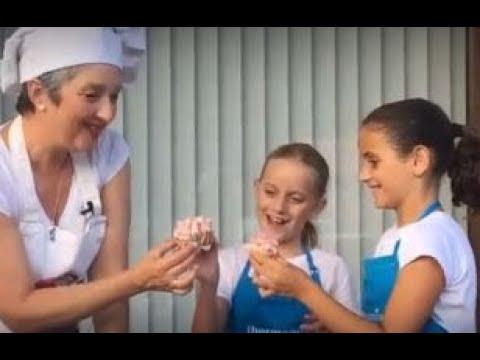 Cómo hacer cupcakes de vainilla con Thermomix ® (con la gran ayuda de Carlota y Candela)