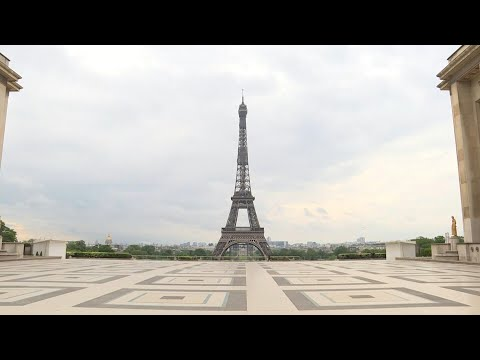 Tourist hotspot Trocadero lies deserted on 44th day of confinement | AFP photo