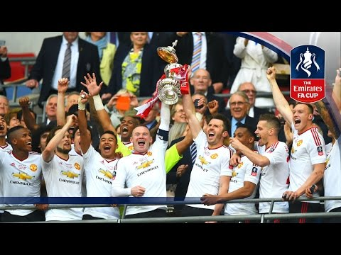Lid falls off as Rooney lifts Emirates FA Cup Trophy | FATV Advent Calendar 2016 - Merry Christmas