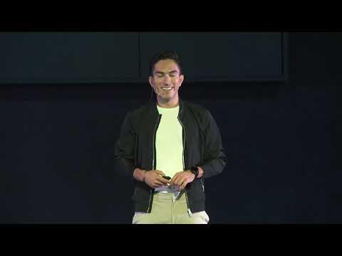 Atrévete a hacer lo que tienes que hacer | Jorge Luis Martinez | TEDxVillaDeSantiago photo