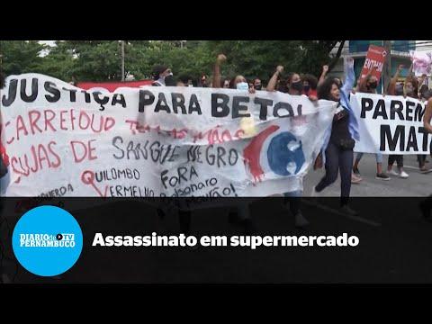 Onda de protestos após assassinato em supermercado