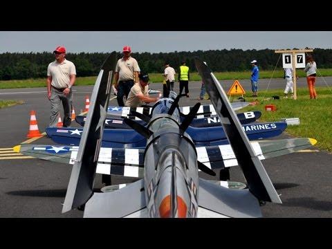 Giant Rc Warbirds Flying Together - UC1QF2Z_FyZTRpr9GSWRoxrA