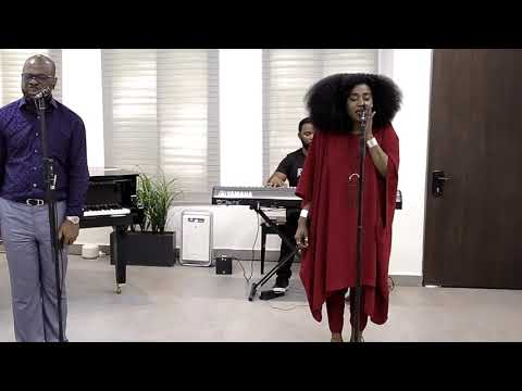 GO THE DISTANCE (Spontaneous Song) - Pastor Sola Fola-Alade and TY Bello