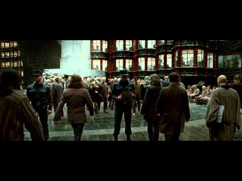 Harry Potter and the Deathly Hallows - Main Trailer - default