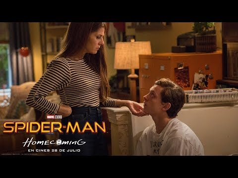 SPIDER-MAN: HOMECOMING. Marisa Tomei es la Tía May. En cines 28 de julio.