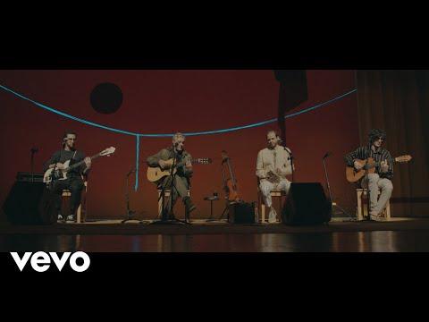 Caetano Veloso, Moreno Veloso, Tom Veloso - Boas Vindas - UCbEWK-hyGIoEVyH7ftg8-uA