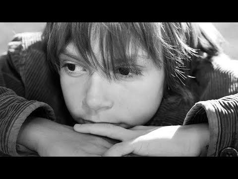 """Điều khó diễn đạt của những """"vết thương lòng"""" nơi trẻ em (2/2)"""