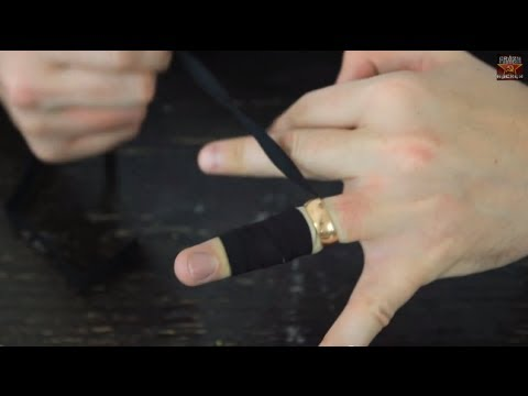 How to Remove a Ring From a Swollen Finger - UCe_vXdMrHHseZ_esYUskSBw