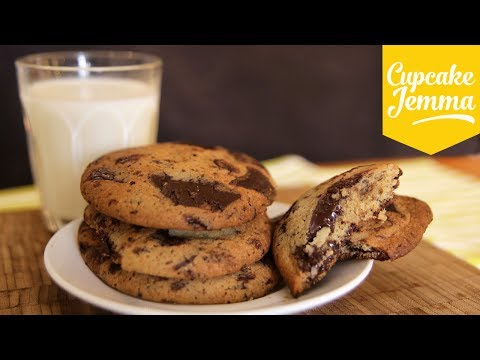 The Best Soft Chocolate Chip Cookies | Cupcake Jemma