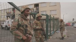 S. Africa: soldiers deployed to counter surge in violence
