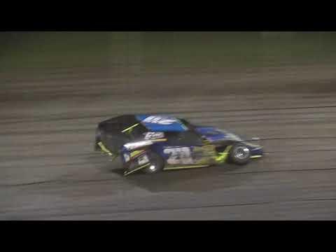 Lakeside Speedway USRA B Mods A main - dirt track racing video image