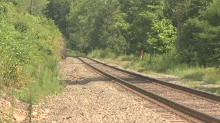 Officials warning to stay off train tracks amid 'Valley Flyer' testing