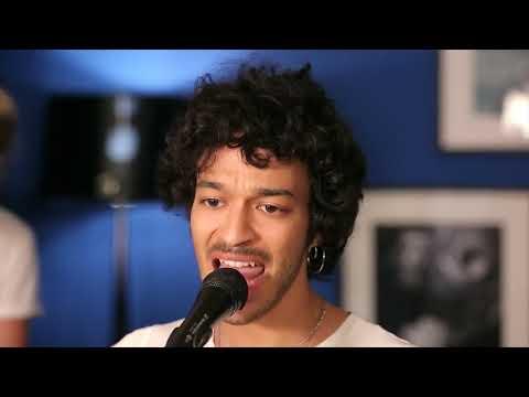 Adam Naas - No love without risk (live) - UCeAJSZtYue-f0yMj4IXxmlw