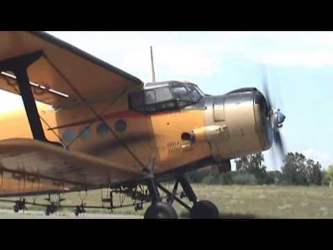 Antonov An-2 - engine start (awesome sound!) - UC3qdXnJHAAQMpBXwyGmqBmA