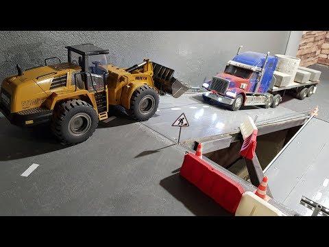ОЧЕНЬ ТЯЖЕЛЫЙ ГРУЗ ... Погрузчиком тянем груженый грузовик. Tamiya RC Truck - UCX2-frpuBe3e99K7lDQxT7Q