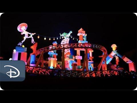 Bringing Toy Story Land To Life at Night | Walt Disney World - UC1xwwLwm6WSMbUn_Tp597hQ