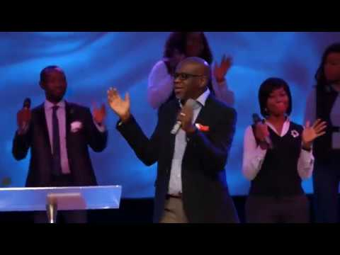 Accelerate 2019 Worship Experience with The Elevation Priest of Praise