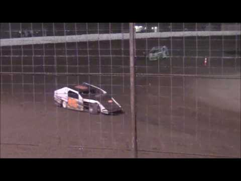 IMCA Modifieds @ WTR 5-19-17 - dirt track racing video image