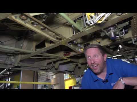 EEVblog #1268 - DIY Boeing 747 Cockpit Simulator Full Tour - UC2DjFE7Xf11URZqWBigcVOQ